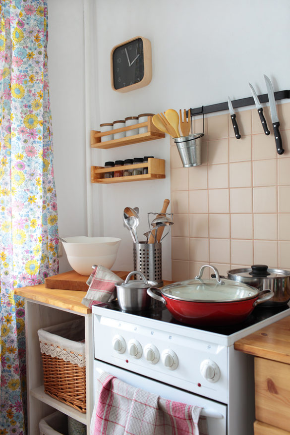 Home Care in South Hill PA: Is Your Parent's Kitchen Clean?