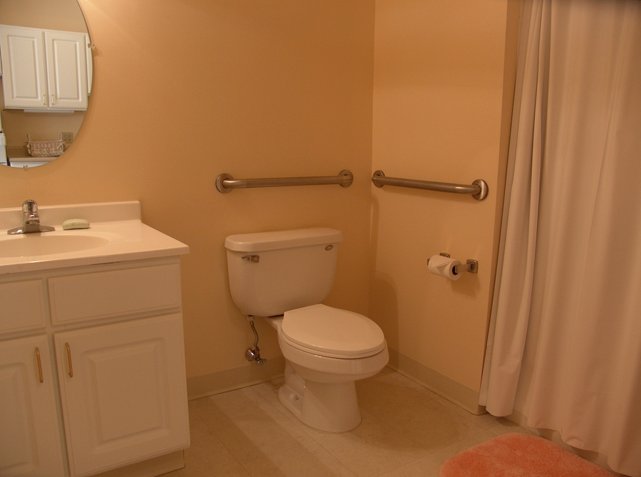 Elderly Care Federal Way WA: 4 Ways to Make the Bathroom Safer and Easier for Seniors